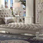 Versailles Collection Vintage Gray Chaise